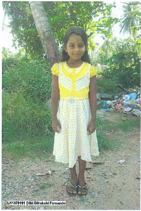Dilki a 6 ans et vit au Sri Lanka